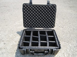 Type 40 Outdoor Case Black 1.4016/B/RPD B&W Case with Removable Padded Dividers-DISCONTINUED